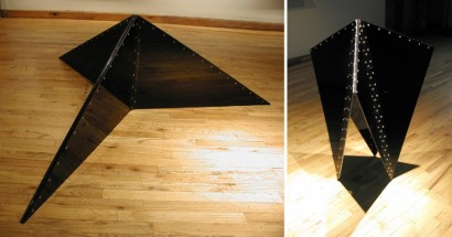 Black triangle - Marta Chilindron, Cecilia De Torres Ltd.