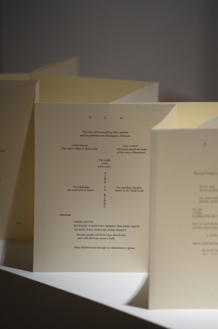CARLOS OQUENDO DE AMAT, 5 Metros de Poemas (Five Meters of Poems), Cecilia De Torres Ltd.