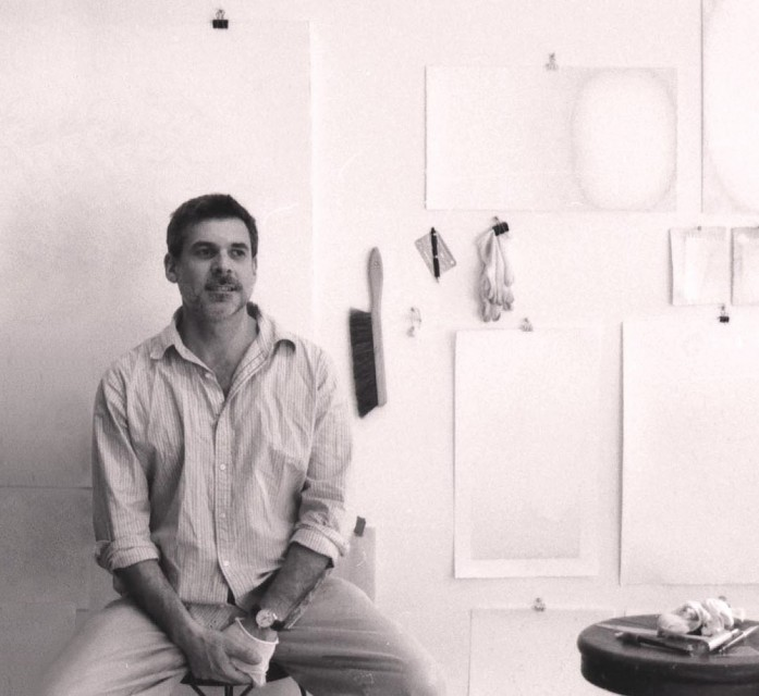 Gustavo Bonevardi in his studio, New York City - Gustavo Bonevardi, Cecilia De Torres Ltd.